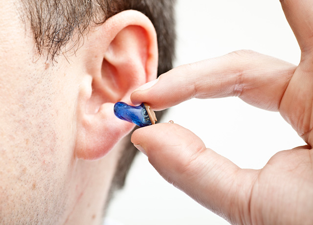定制式助听器